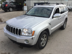 2005 Jeep Grand Cherokee Limited 4WD! DVD! Leather Seats!