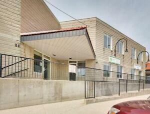 Prime Industrial Warehouse/Ofc Spc In High Demand Clarkson Area