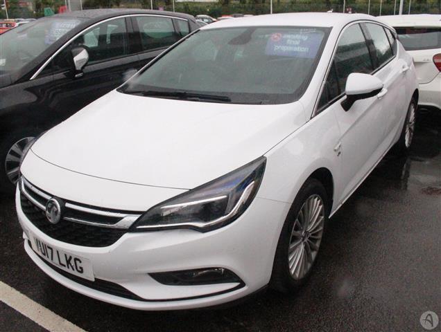 Vauxhall Astra 1.6 CDTi 136 Elite Nav 5dr Auto
