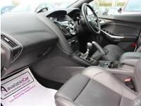 Ford Focus 2.0T E/B 250 ST-3 5dr Style Pack