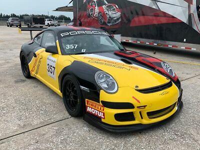 2009 Porsche 911 GT3 Cup Car 0 Yellow