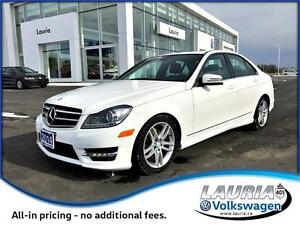 2014 Mercedes-Benz C-Class C300 4MATIC Loaded / Navigation / Awe