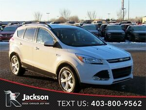 2016 Ford Escape SE 4WD - Nav, Heated Leather!
