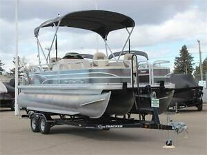Suntracker Fishin' Barge 22 XP3 w/115hp 4stroke