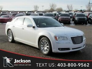 2013 Chrysler 300 Touring- Heated Leather, Touchscreen, Sunroof!