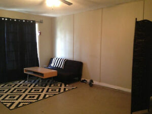 SMALL Bedroom available minutes from Whyte/UofA