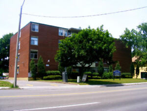 SPACIOUS 2 BDRM APTS AVAILABLE MAY 2018 ! Drummond Rd