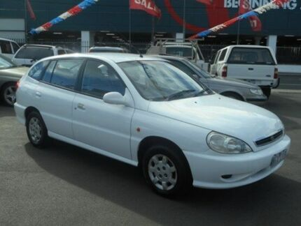 2001 Kia Rio  White 5 Speed Manual Hatchback West Footscray Maribyrnong Area Preview