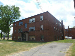 SPACIOUS 1 BEDROOM APARTMENT! CLOSE TO DOWNTOWN HAMILTON!