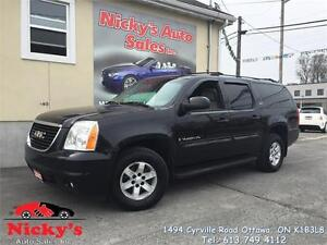2007 GMC Yukon XL SLT 1500, LEATHER, SUNROOF, DVD, 8-PASSENGERS!