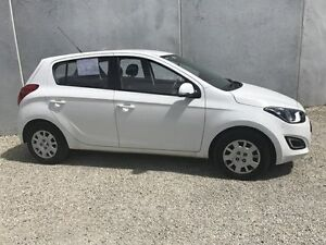 2014 Hyundai i20 PB MY14 Active White 4 Speed Automatic Hatchback Seaford Frankston Area Preview