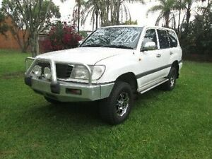 2000 Toyota Landcruiser HDJ100R GXL White 5 Speed Manual Wagon Coopers Plains Brisbane South West Preview