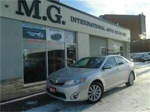 2013 Toyota Camry XLE w/Leather/Roof/Navi