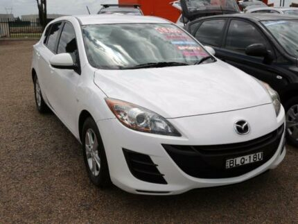 2009 Mazda 3 BL10F1 Maxx White Manual Hatchback