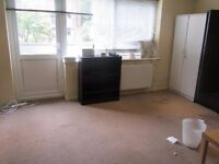 spacious 3 bed maisonette, off Brent Street NW4