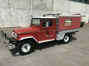 1984 Toyota Landcruiser HJ47 Utility Red Manual Utility