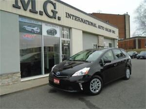2014 Toyota Prius v /Leather/Navi/Backup Camera