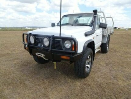 1997 Nissan Patrol GQ ST White 5 Speed Manual Cab Chassis Archerfield Brisbane South West Preview
