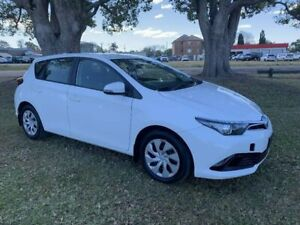 2017 Toyota Corolla ZRE182R Ascent S-CVT White 7 Speed Constant Variable Hatchback Kempsey Kempsey Area Preview