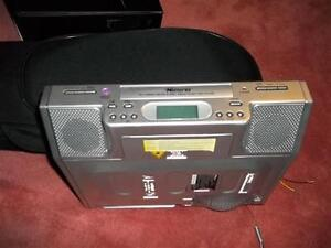 12 Volt am/fm radio and cd player ***REDUCED**