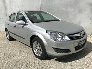2007 Holden Astra AH MY07.5 CD Silver 5 Speed Manual Hatchback Seaford Frankston Area Preview