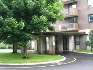 for rent 2 bedroom apartment for sept ,1 at 290 main avenue