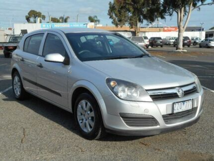 2006 Holden Astra AH MY07 CD Silver 4 Speed Automatic Hatchback Maidstone Maribyrnong Area Preview