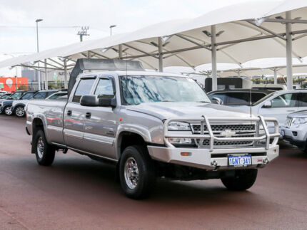 Used CHEVROLET SILVERADO 2500HD LT CREWCAB 6.6 TURBO DIESEL AUTOMATIC 4X4 Jandakot Cockburn Area Preview