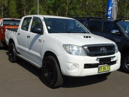2011 Toyota Hilux KUN26R MY11 Upgrade SR (4x4) White 4 Speed Automatic Dual Cab Pick-up South Nowra Nowra-Bomaderry Preview