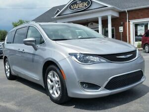 2018 Chrysler Pacifica Touring-L Plus, Leather Heated Seats/Whee