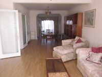 Spacious 3 bedroom family house located on Park Road, Hendon, NW4