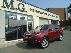 2011 Kia Sorento LX AWD 7 Pass. w/Bluetooth/Heated Seats