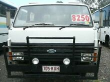 1989 Ford Trader 0811 White Truck RWD Nanango South Burnett Area Preview