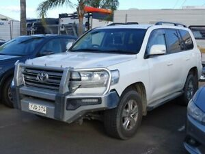 2017 Toyota Landcruiser VDJ200R MY16 GXL (4x4) White 6 Speed Automatic Wagon South Nowra Nowra-Bomaderry Preview