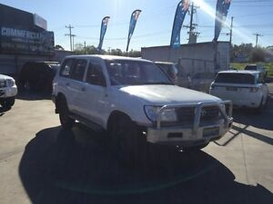 2000 Toyota Landcruiser HZJ105R (4x4) 5 Speed Manual 4x4 Wagon Lilydale Yarra Ranges Preview