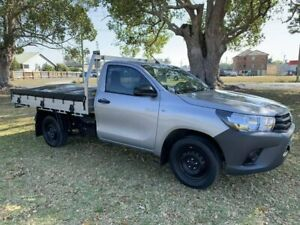 2017 Toyota Hilux GUN122R Workmate 4x2 Silver 5 Speed Manual Cab Chassis Kempsey Kempsey Area Preview