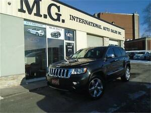 2012 Jeep Grand Cherokee Overland 4X4 w/Leather/Navi/Pano Roof