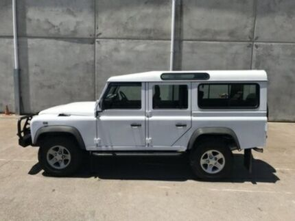 2013 Land Rover Defender 110 13MY White Manual Wagon