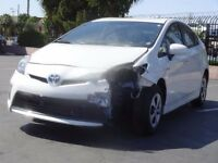 BREAKING TOYOTA PRIUS NEW SHAPE & OLD SHAPE