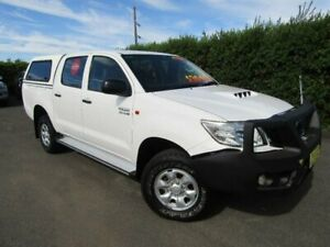 2013 Toyota Hilux KUN26R MY12 SR (4x4) White 4 Speed Automatic Dual Cab Pick-up Tamworth Tamworth City Preview