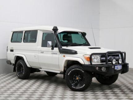 2011 Toyota Landcruiser VDJ78R 09 Upgrade GXL (4x4) White 5 Speed Manual TroopCarrier