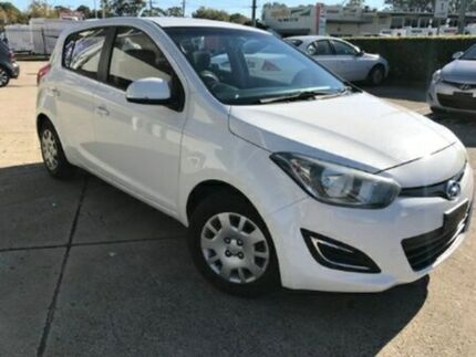 2013 Hyundai i20 PB MY13 Active White Automatic Hatchback