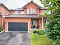 Beautiful Detached Home in Newmarket for AAA Tenant