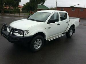 2015 Mitsubishi Triton MN MY15 GLX (4x4) 5 Speed Manual 4x4 Double Cab Utility Clarence Gardens Mitcham Area Preview