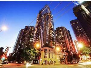 LOOKING FOR A FLATMATE, AMAZING APARTMENT IN SOUTHBANK! Southbank Melbourne City Preview