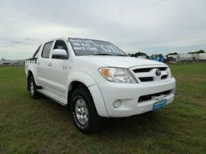2005 Toyota Hilux GGN25R MY05 SR5 White 5 Speed Manual Utility