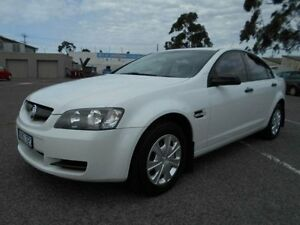 2006 Holden Commodore VE Omega White 4 Speed Automatic Sedan Maidstone Maribyrnong Area Preview