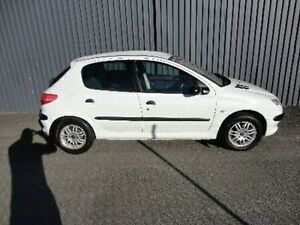 2001 Peugeot 206 T1 MY01 XR White 5 Speed Manual Hatchback Kippa-ring Redcliffe Area Preview