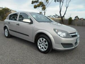 2006 Holden Astra AH CD Silver 4 Speed Automatic Hatchback Maidstone Maribyrnong Area Preview