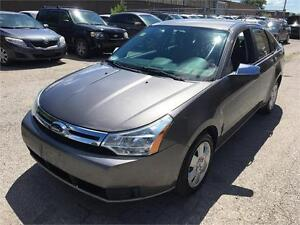 2009 Ford Focus SE/ ACCIDENT FREE